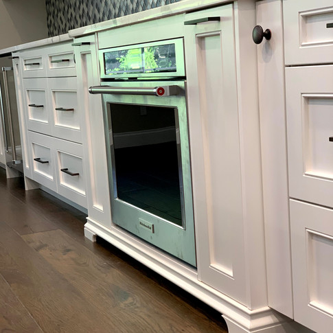 Gas cooktop and wall oven