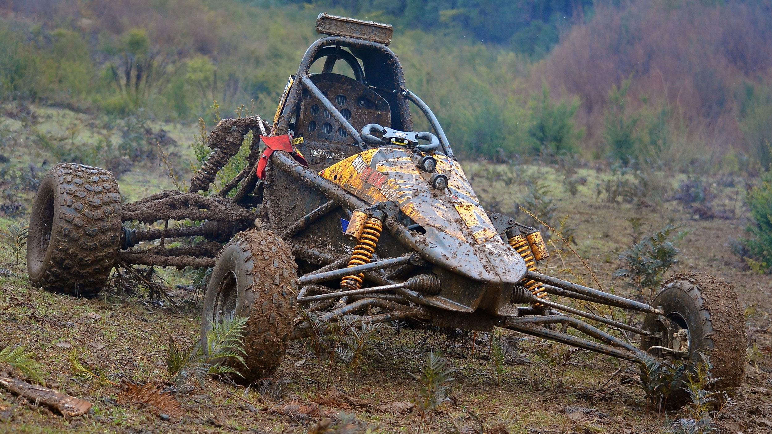 Hyper-Terra-Racer-Mud