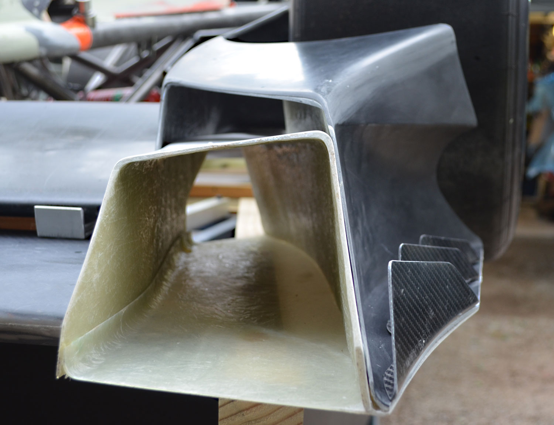 Hyper-Racer-X1-end-plate-02-1500