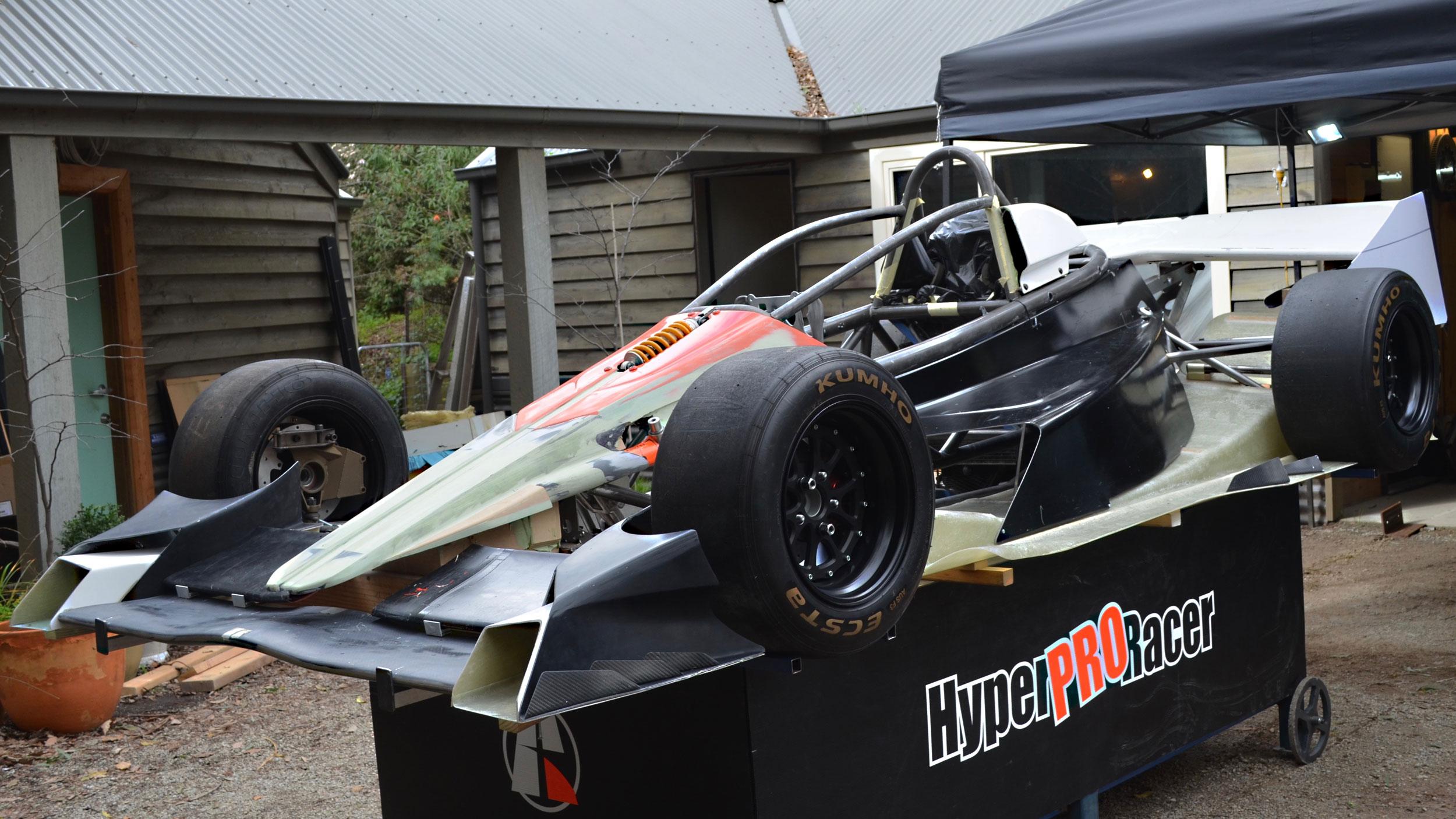 Hyper-Racer-X1-34-2500