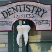 Dentists/Vets/Doctors/Clinincs