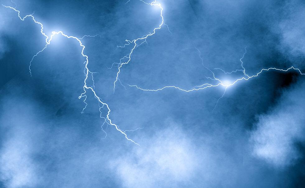 lightning-6042288.jpg