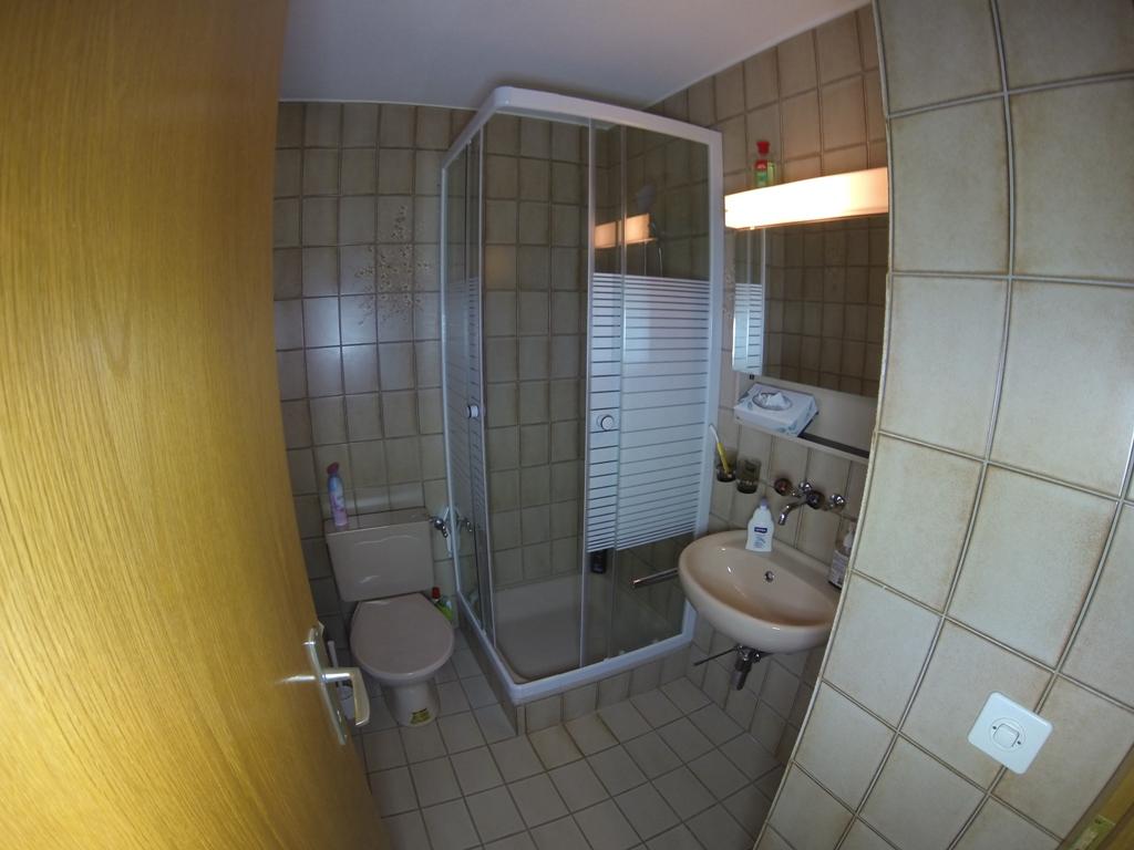 Pic Chaussy C31 - Salle bain (1)