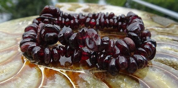 Granaat - Edelstenen, een persoonlijk geschenk
