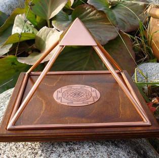 Pre order Meru piramide