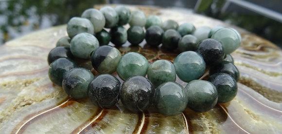 Jade - Edelstenen, een persoonlijk geschenk