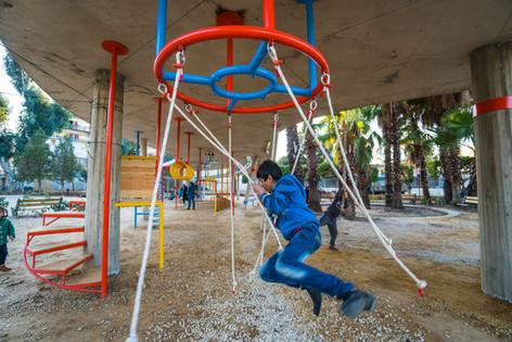 Karantina public garden: play item