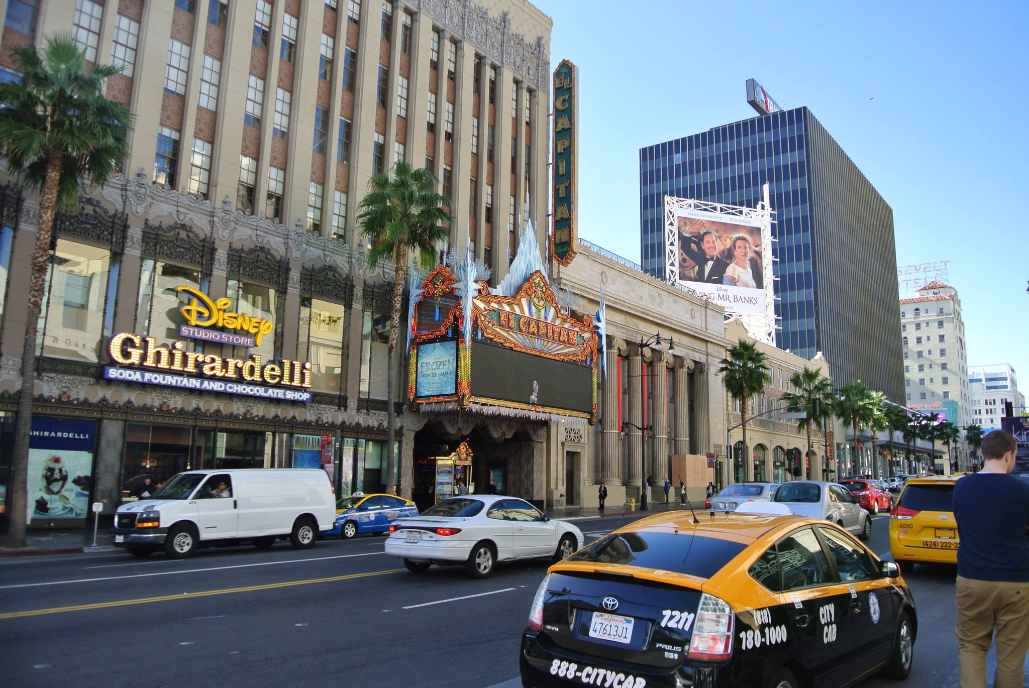 Exciting view of Hollywood Boulevard