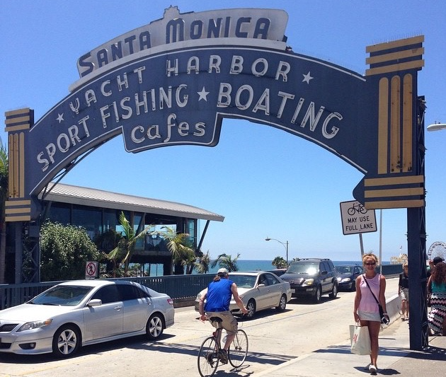 Santa Monica Pier Sign at entrance