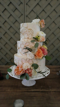 watercolor gold outline cake