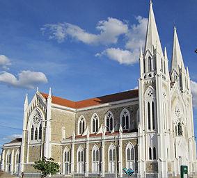 Catedral_de_Petrolina,_Pernambuco(2).jpg