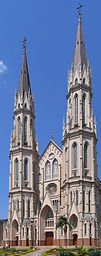 Santa_Cruz_do_Sul_catedral_vertical_2005