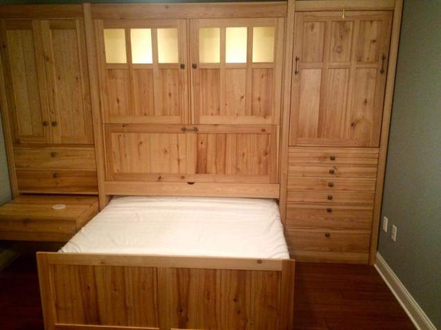 Texas Zoom-Room Murphy Bed: Bigger and Better in Texas