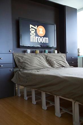 Zoom-Room City Line Murphy Bed