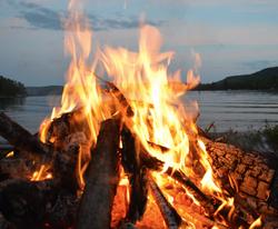bonfire campfire cooking slow