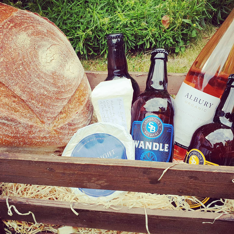 hamper crate delivery surrey - beer bread cheese wine