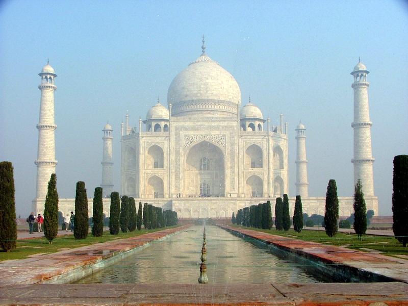 טאג' מאהל, אגרה, הודו