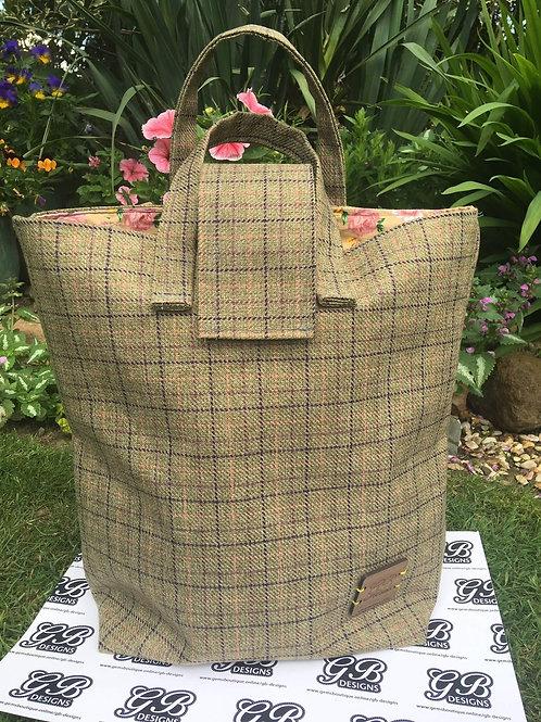 'The Burnham Market' Large Tote Bag
