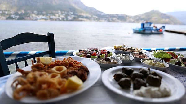 meze appetizers by the sea.jpg