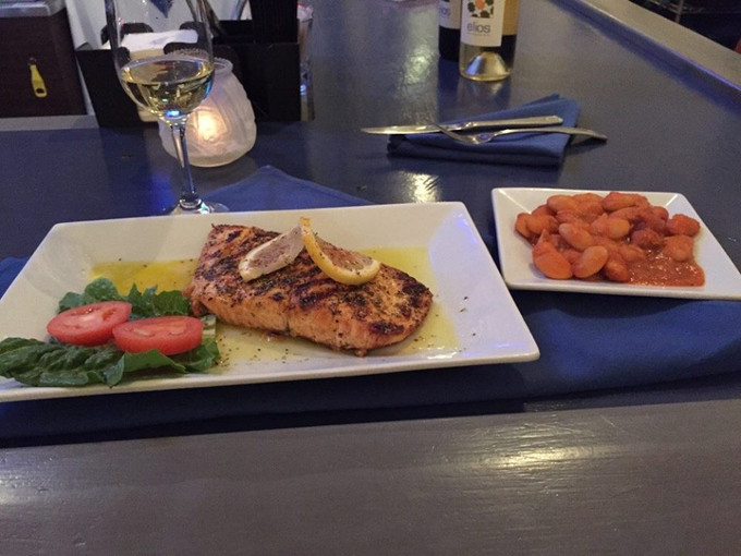It's The Weekend! Enjoy Your Favorite Greek Mediterranean Entrees Tonight! Don't Forget Dess