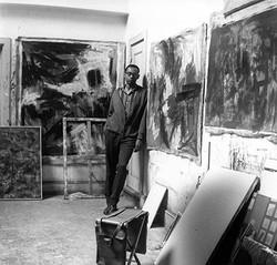 Guido Llinás in his studio, 1960