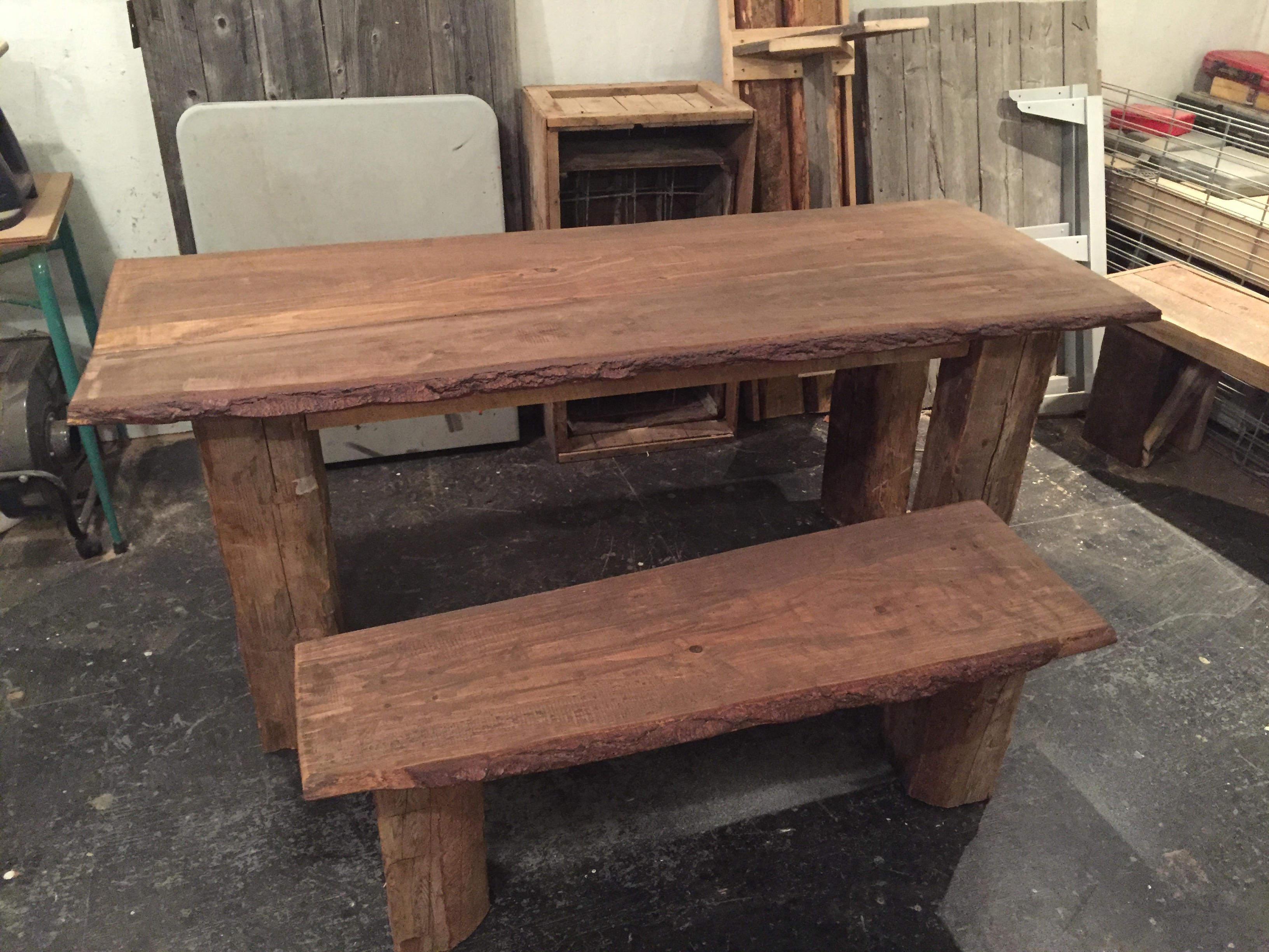 Table de bois antique