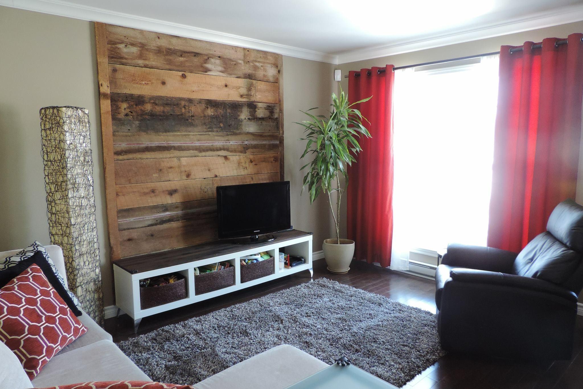 Mur de bois de grange sherbrooke