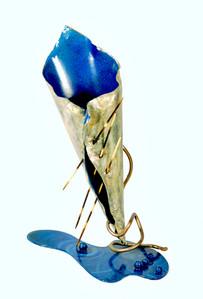 Reluctant Vessel: Vase