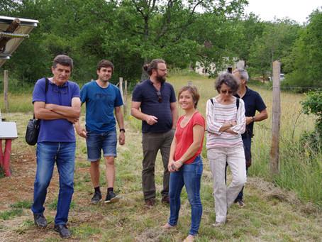 Visite du parc de Celewatt à Carayac avec les habitants de Bellefont la Rauze