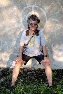 Elaine Buckholtz, 2018 at ArtMill, portrait by Lewis Watts