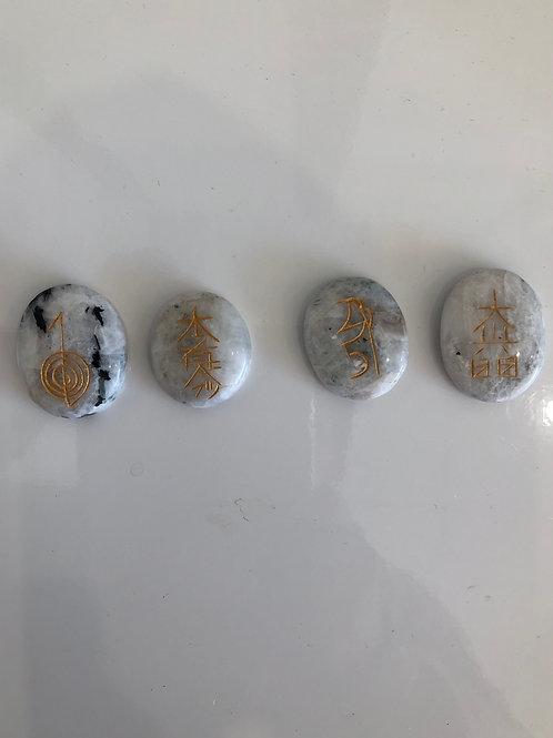 Pierres symboles reikien pierre de lune
