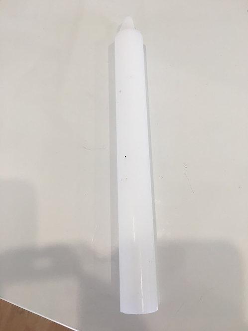 bougie blanche teintée dans la masse