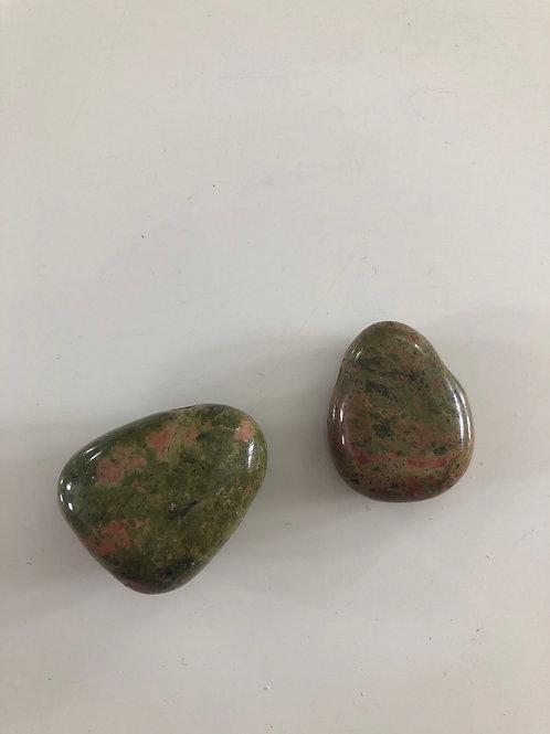 Pendentif pierre percée en jaspe unakite
