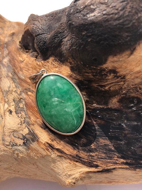 Pendentif argent en jade