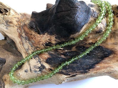 Collier perles 6 mm en péridot