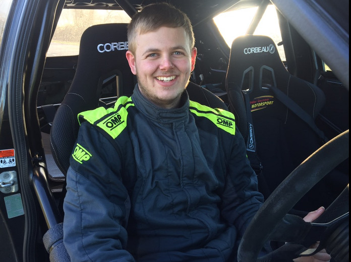 Hadfield Swaps Ginetta for Swift!