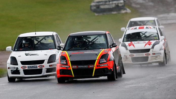 Constantine Regains Lead at Lydden Hill