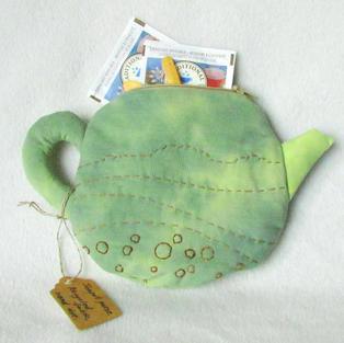 Teapot purse