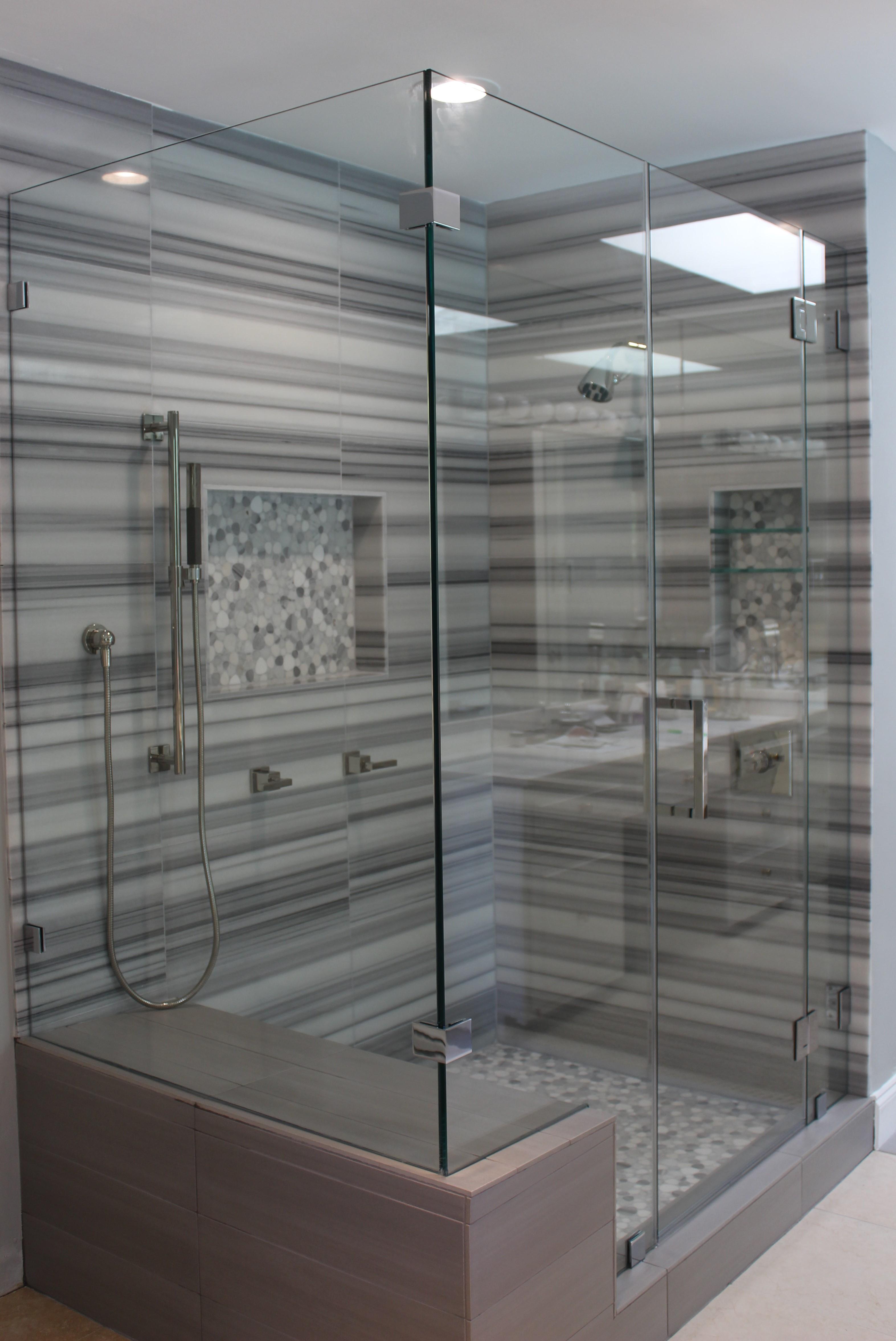 Castlewood Master Shower