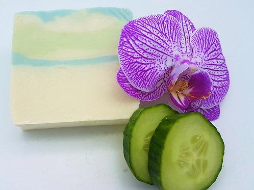 Kleine Auszeit Gurke Mandelmilch-Seife vegan