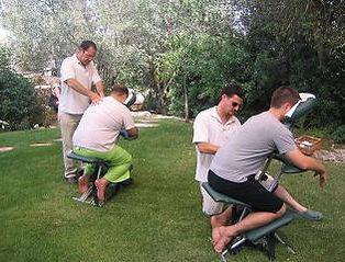 עיסוי על כיסא שיאצו לצוות של מייקוסופט