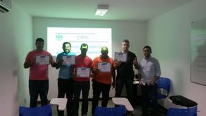 Profissionais do SAMU Metropolitano participam de curso de prevenção de acidentes.