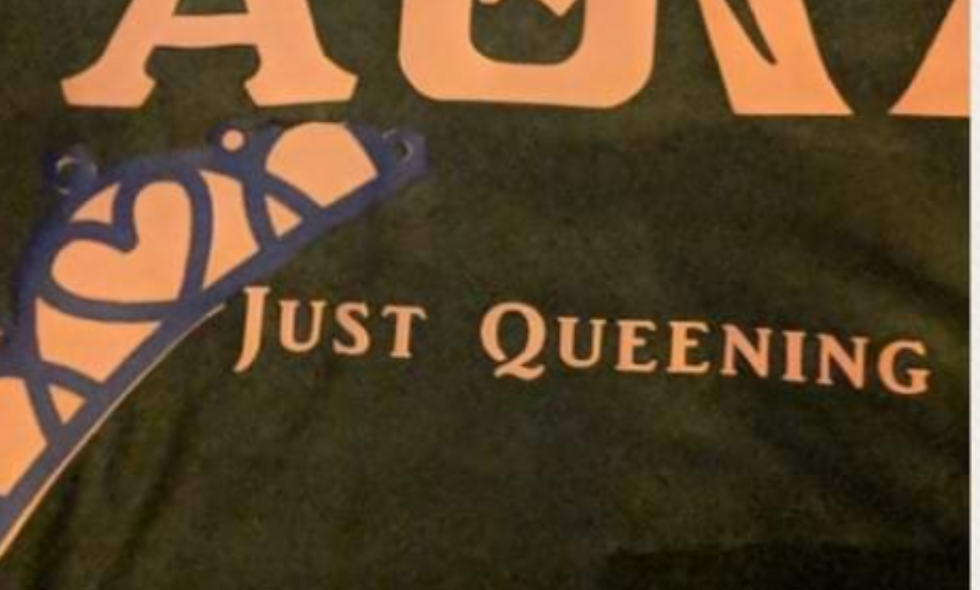 Just Queening tee
