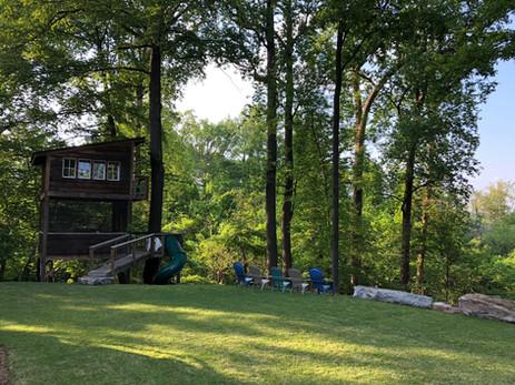 Trailside Treehouse Lawn