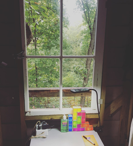 Trailside Treehouse Desk