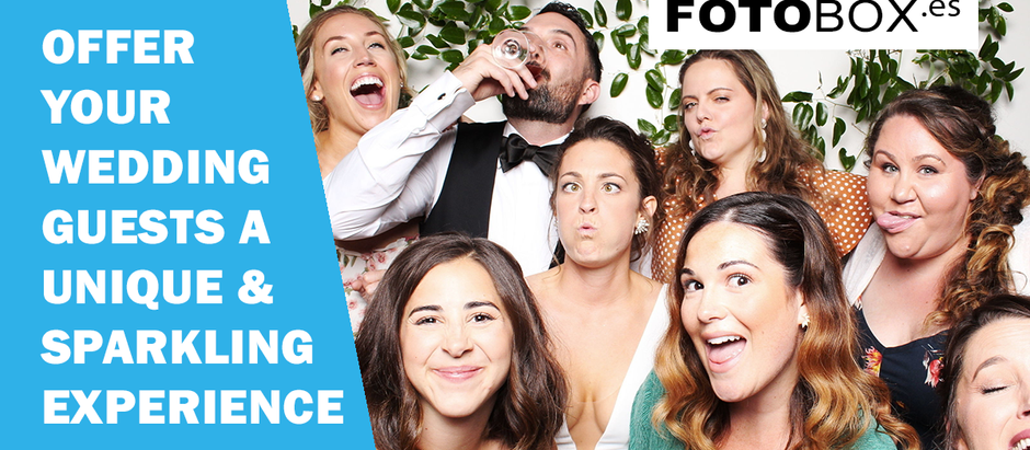 WHY SHOULD YOU GET A PHOTO BOOTH FOR YOUR WEDDING IN ADDITION TO YOUR PHOTOGRAPHER?