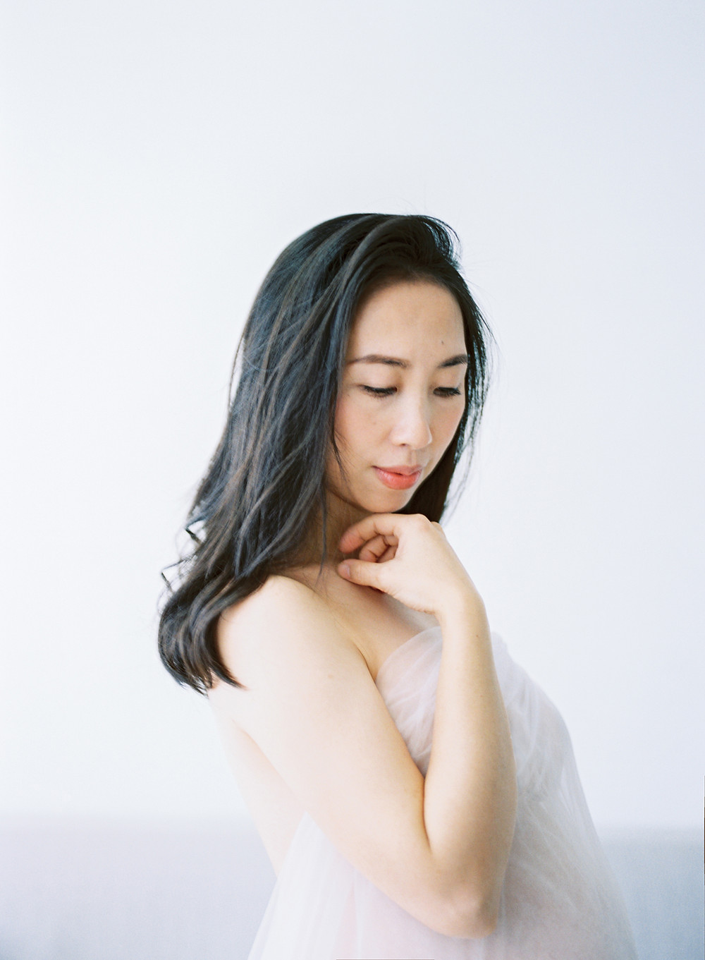 Maternity Boudoir Portrait-Nora 孕期閨房寫真 Arther Chen Photography