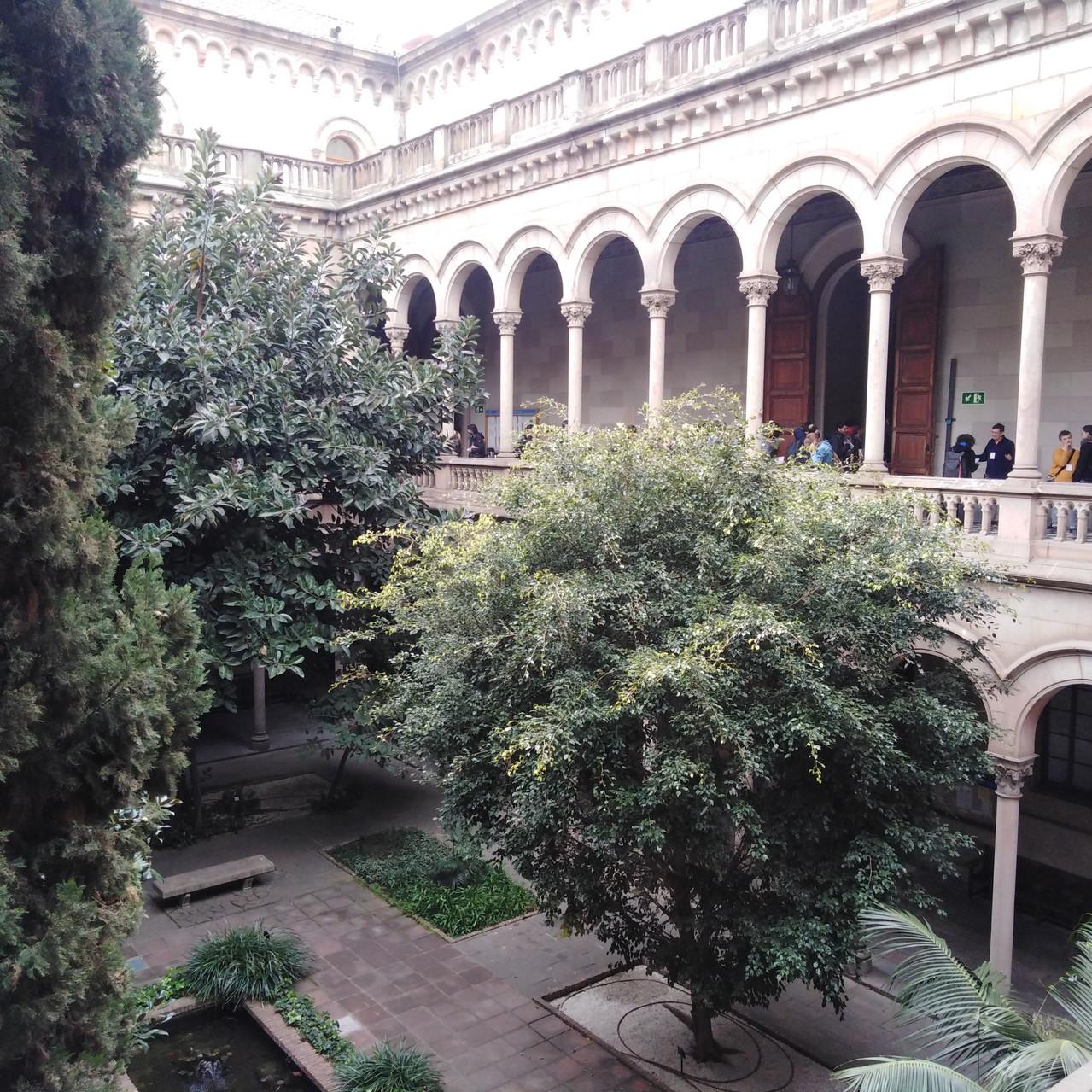 zgrada sveučilišta 01