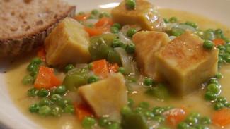 Spanish omelette stew | Totilla de patata estofada