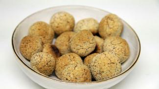 Almond Pulp Ideas - Energy Balls 2 ways